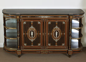 Lamb-of-Manchester-Cabinet